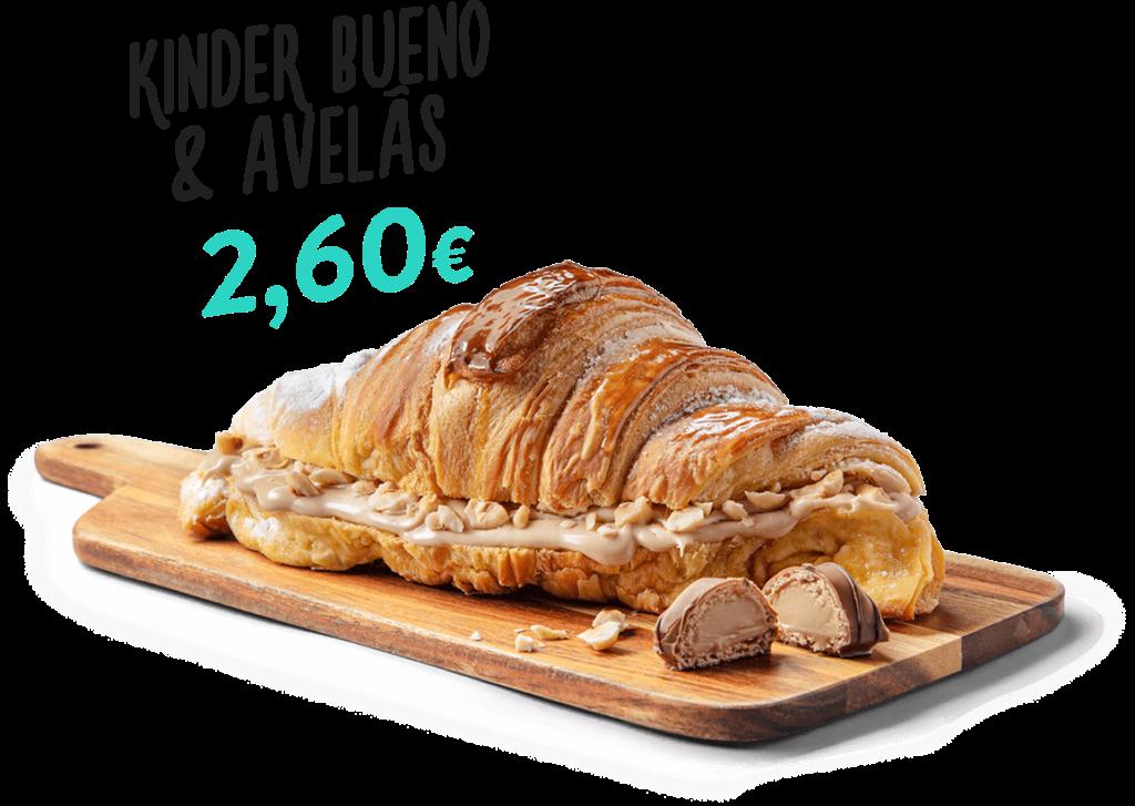 Croissant Kinder Bueno & Avelãs, um dos produtos que fazem parte do menu d'O Melhor Croissant da Minha Rua.